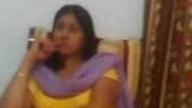 বাড়ীতে তৈরি দুধের বাংলা videos xxx বোঁটা