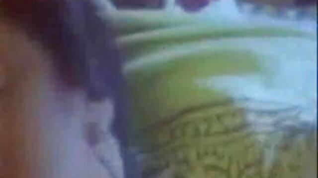 জিহ্বা পরে জনাকীর্ণ স্ত্রী বাংলাদেশি মেয়েদের sex video গাধা মধ্যে রোপণ করা হয়েছিল
