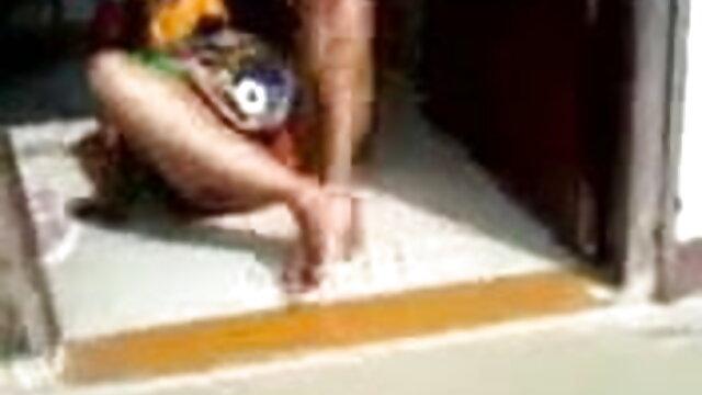 তিনি তার প্রেমিক বলা www বাংলা xxx হয় এবং কোন প্রয়োজন হাঁসের আছে তাকে জিজ্ঞাসা