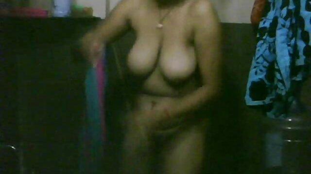 মুচি বাড়ীতে www বাংলা xxx video com একটি ফ্যাটি প্ল্যান্ট রোপণ