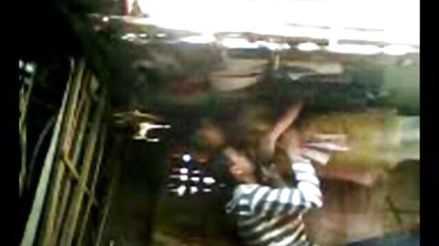 পর্নোতারকা, বাঁড়ার রস খাবার বাংলা xxx video com
