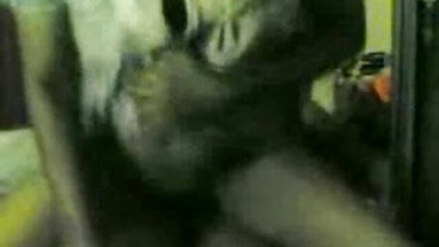 ক্যামেরা উপরে কলাই বাংলা মাগি xxx উভয় গর্ত