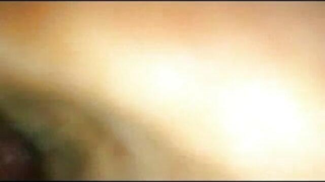 চশমা একটি মানুষ তরুণ বান্ধবী সঙ্গে কোনটাই বাংলা এক্সক্স আছে কেবিন আসেন
