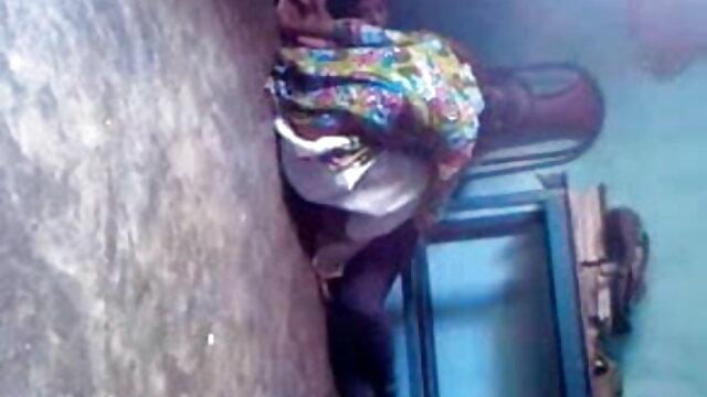 ওরেগি পরিশ্রমী দিনের শুরুতে তার বসের সাথে পরিপক্ক বাংলা দেশি xxx videos
