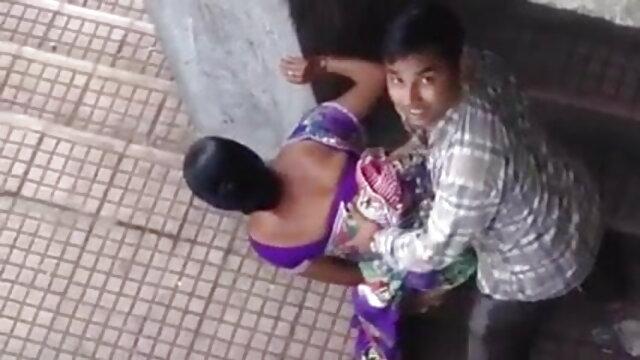 চিতাবাঘ সুন্দরি সেক্সি বাংলা porn video মহিলার মেয়েদের হস্তমৈথুন